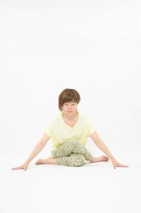 【8月の告知協力】陰ヨガ