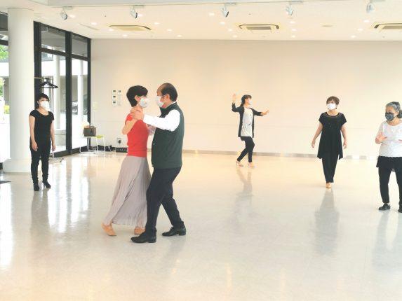 【サークルのご紹介④】社交ダンスサークル「ショコラ」